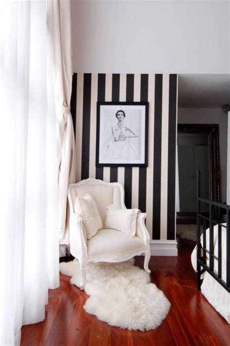 Gorgeous Striped Wallpaper for Any Room - 22 pics