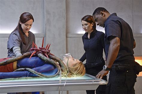 Supergirl 1x13 For The Girl Who Has Everything Recap - Who
