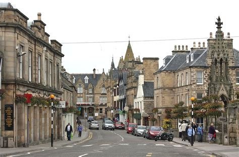 Tain – Travel guide at Wikivoyage