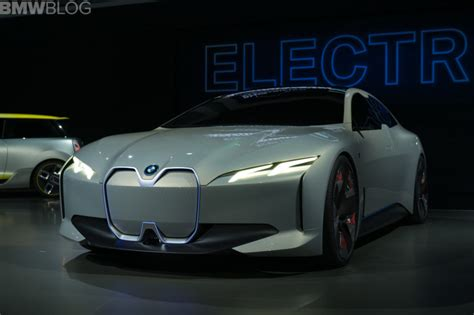 BMW waiting until 2020 for electric-car mass production