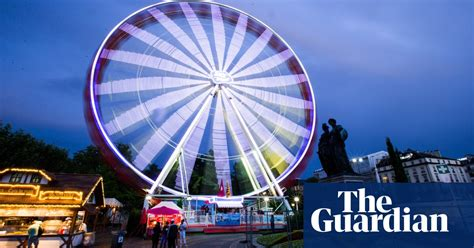 Ferris wheels and giant fried eggs: today's unmissable