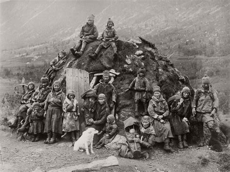 Vintage: Sami People and Arctic (1900s) | MONOVISIONS