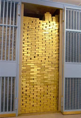 Gold Bars in Fort Knox Are Fake!