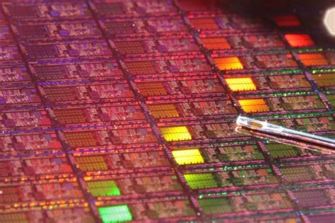 Rumour: Intel Shifts Release Of 7nm Process Technology
