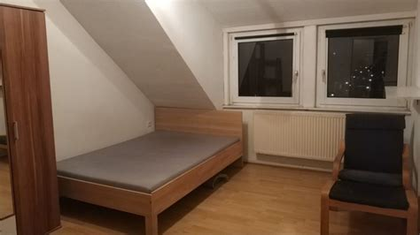 Furnished room with nice view in 3er WG@Neustadt , 2mins