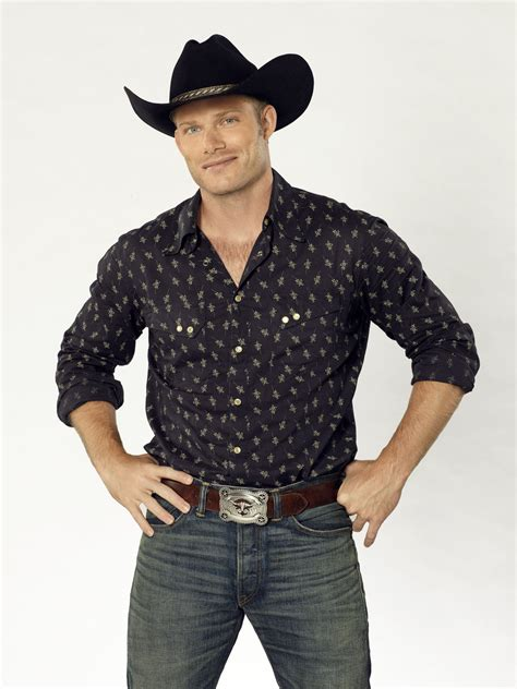 On his own: 'Nashville's' Chris Carmack shapes his own
