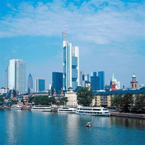 How to Get to the Train Station From the Frankfurt Airport
