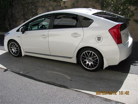 If you've lowered your Prius, then this thread is for you