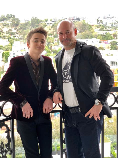 """Noah Schnapp on Twitter: """"Happy Father's Day to the guy"""